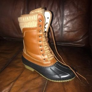 Duck Boots Size 11